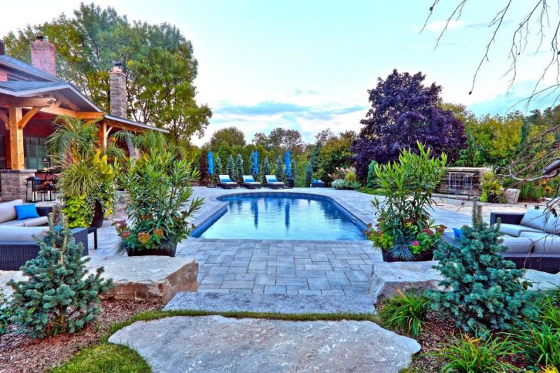 Beautiful Pool Landscaping Ideas A Minimalist Swimming Pool On